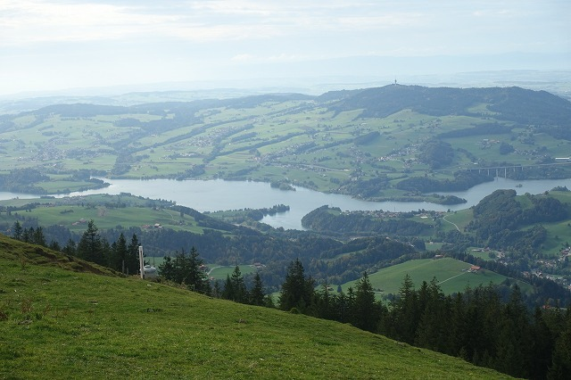 ナナも一緒に、、スイスでの週末(1)_c0211876_04225069.jpg