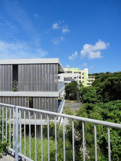 沖縄・豊見城の住宅  photo_a0122098_14431378.jpg