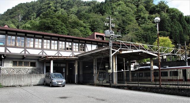 立山駅_b0163804_09451050.jpg