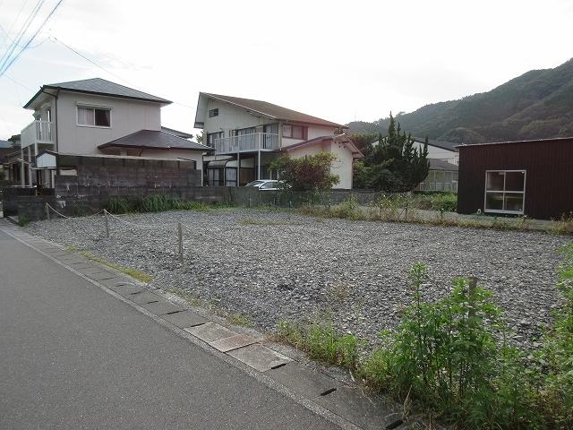 鶴岡地区にて建築条件付き宅地を販売しています。_d0177220_14072951.jpg