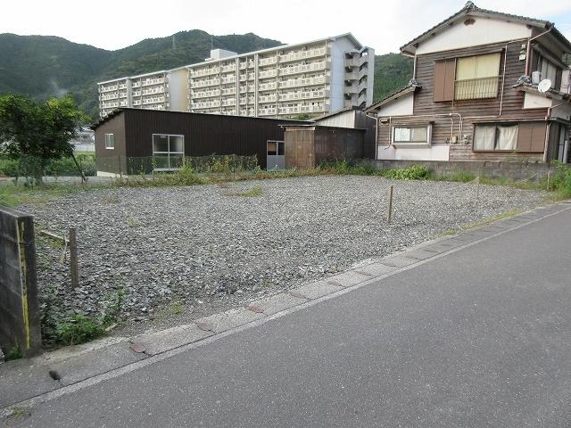 鶴岡地区にて建築条件付き宅地を販売しています。_d0177220_14072963.jpg