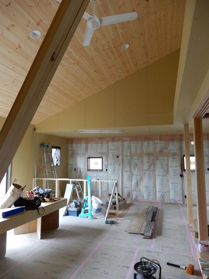 伊那市の設計事務所の家づくり  開放的なリビングがある家「工事監理 内装工事」 _b0146238_23271957.jpg