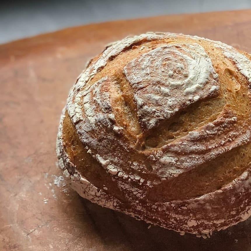 c&kitchen さんの天然酵母パン販売です_c0199544_13055705.jpg