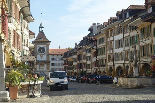 スイスでの週末(2)~ スイスの宝石・ムルテン_c0211876_05124015.jpg