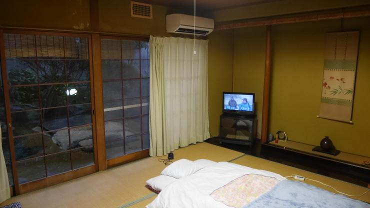 市街地の外縁部に佇む旅館-徳島・大正楼_a0385880_22232152.jpg