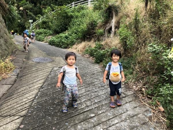 台風前日の披露山公園(2歳組)_b0310894_10514877.jpeg
