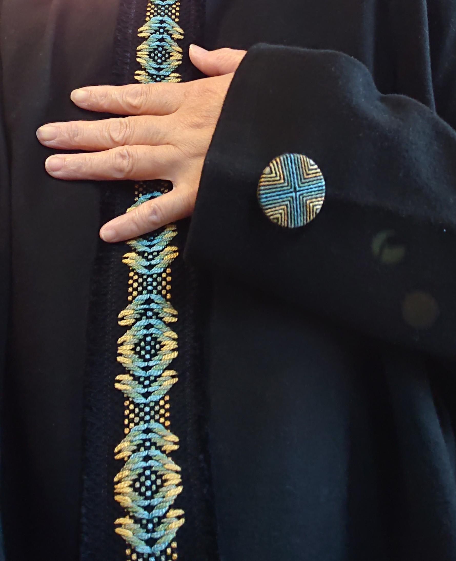 糸ボタンとスウェーデン刺しゅう コラボ作品_f0361510_11342722.jpg