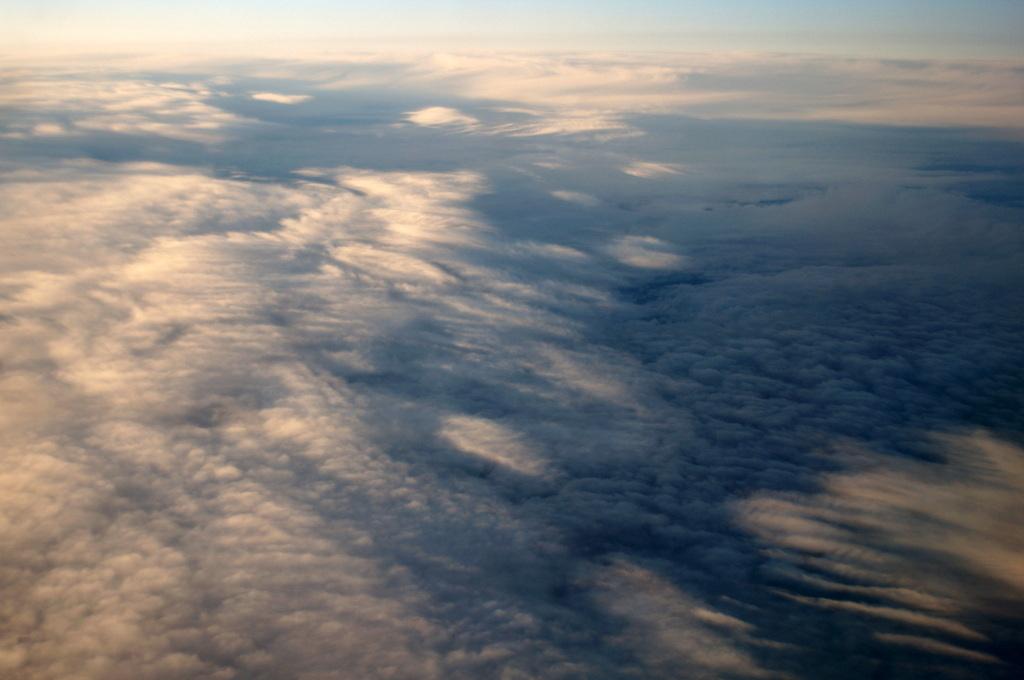 秋の帰国はLOTポーランド航空で_c0180686_01441095.jpg
