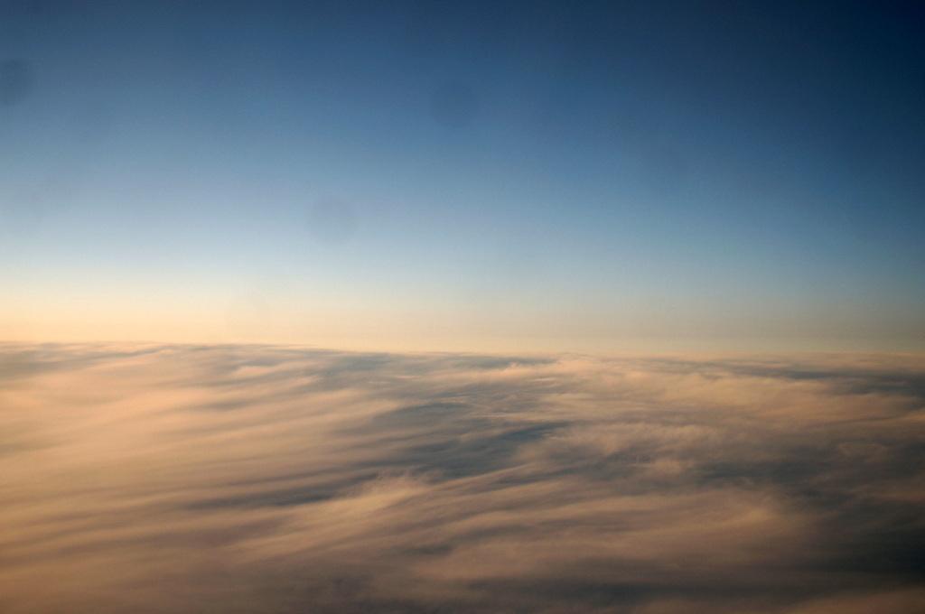 秋の帰国はLOTポーランド航空で_c0180686_01442106.jpg