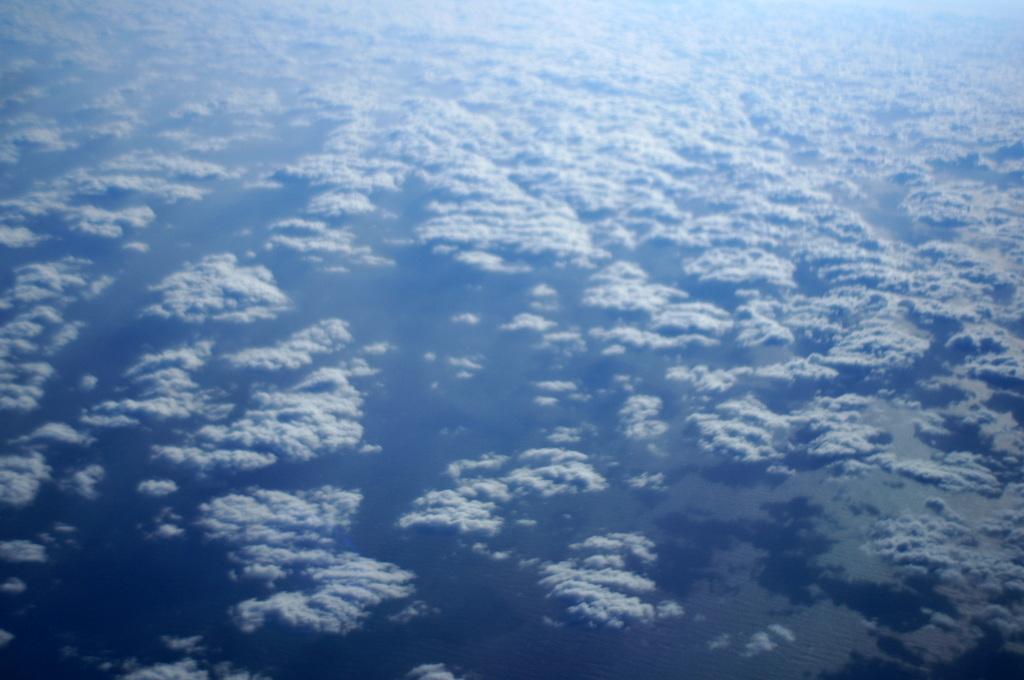 秋の帰国はLOTポーランド航空で_c0180686_01450698.jpg