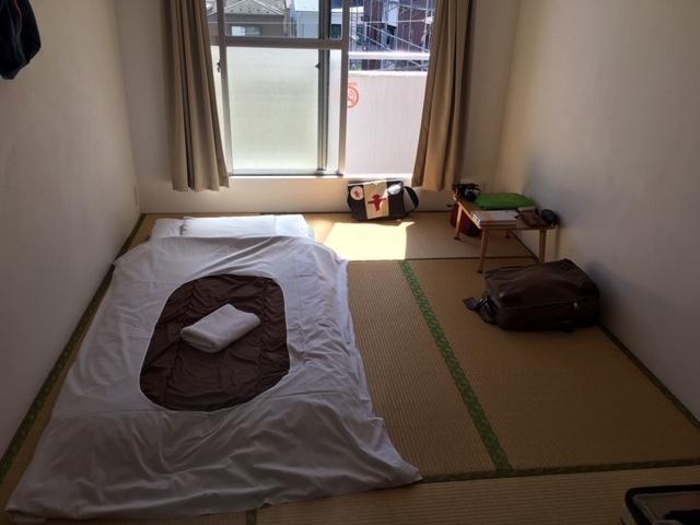 成田から日暮里、まず2泊はいつもの千駄木でした。_c0180686_02044279.jpg