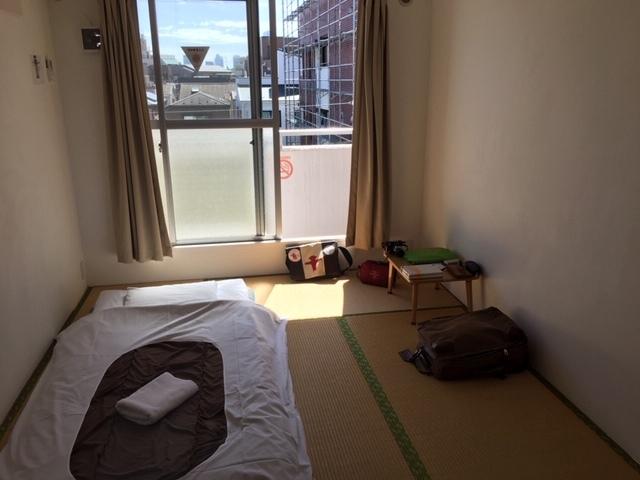 成田から日暮里、まず2泊はいつもの千駄木でした。_c0180686_02045226.jpg