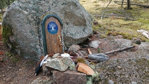 ソルトスプリング島 ⑧ アースキン山(妖精の扉)_b0117700_05481887.jpg