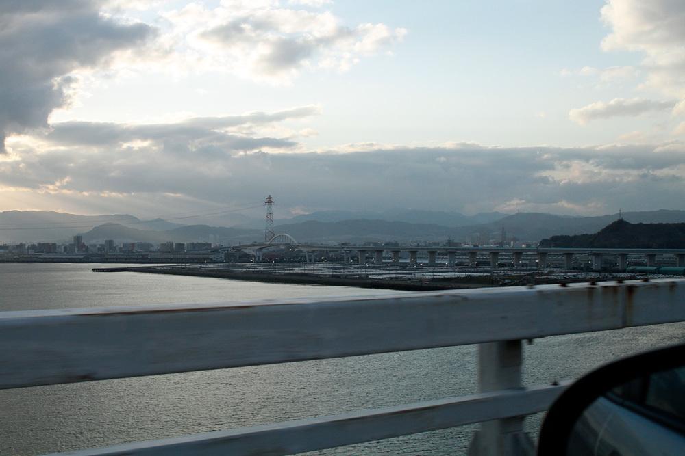 呉 中央桟橋より_d0011713_11043273.jpg