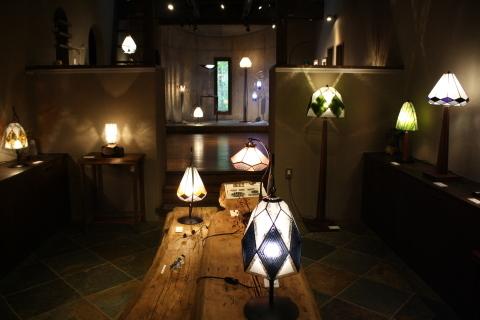 大須賀昭彦 和子 ステンドグラスの灯り展 10月27日(日)まで開催_a0260022_16085412.jpg