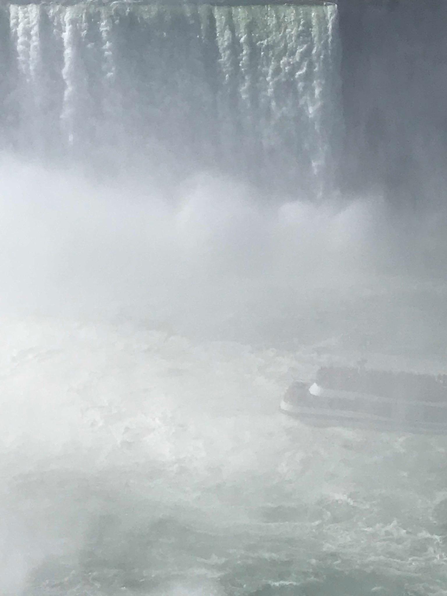 やっぱり圧巻 ナイアガラの滝 + 紅葉街道_d0269832_23500927.jpeg