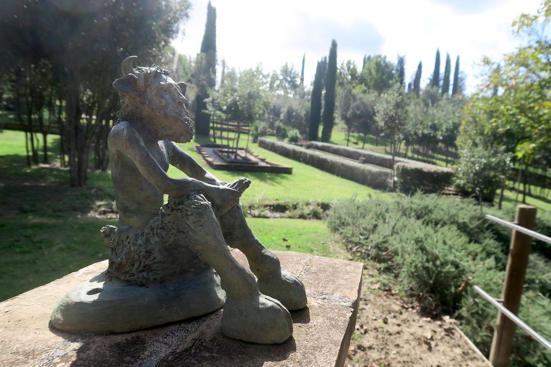 思うより動けと誘うか瞑想の森、Il Bosco della Ragnaia 3_f0234936_8124769.jpg