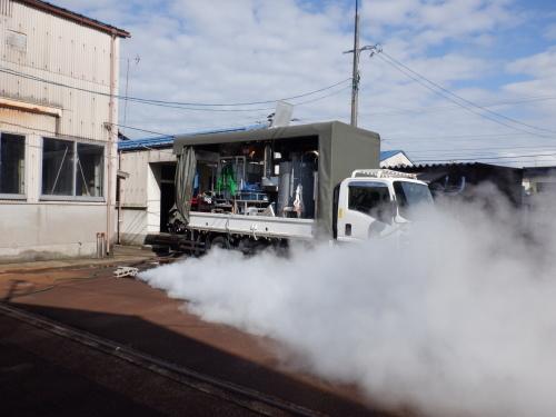 蒸気ボイラー車メンテナンス_f0228240_09304965.jpg