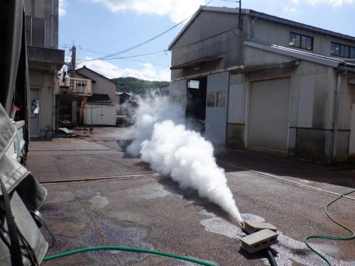 蒸気ボイラー車メンテナンス_f0228240_09314017.jpg