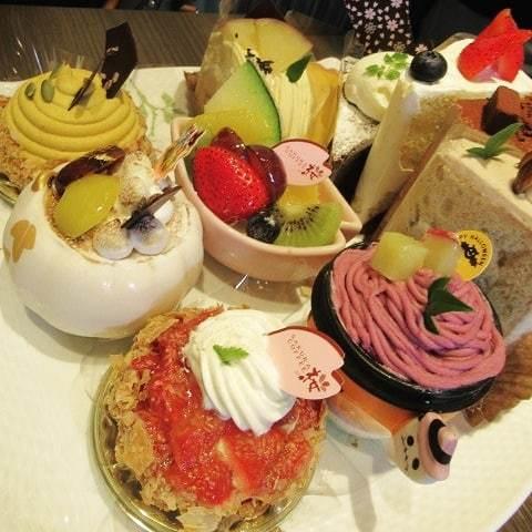桜珈琲 SAKURA COFFEE * ケーキセットと秋限定のまろんパイ♪_f0236260_21470909.jpg