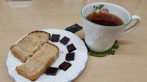 ★最近の朝食はこれで・・GI値低いです!_b0313261_12491357.jpg