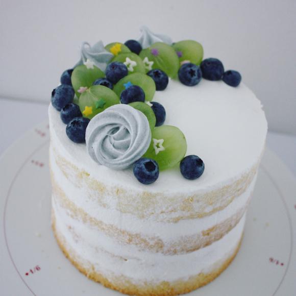 お誕生日のための、ブルーネイキッドケーキ _d0339705_16574496.jpg
