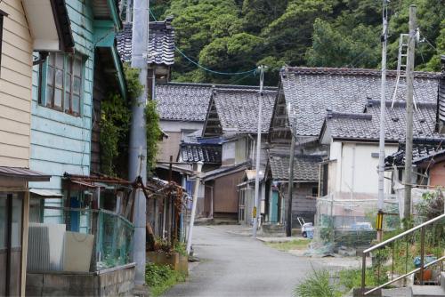 海界の村を歩く 日本海 飛島_d0147406_14351687.jpg