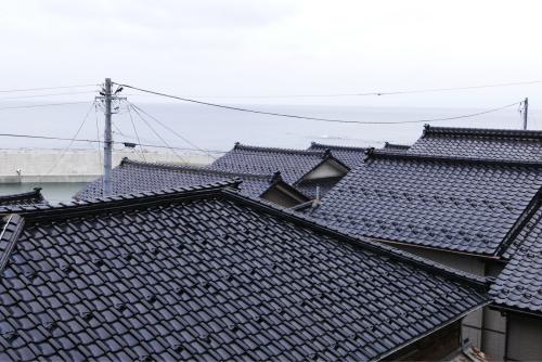 海界の村を歩く 日本海 飛島_d0147406_14363752.jpg