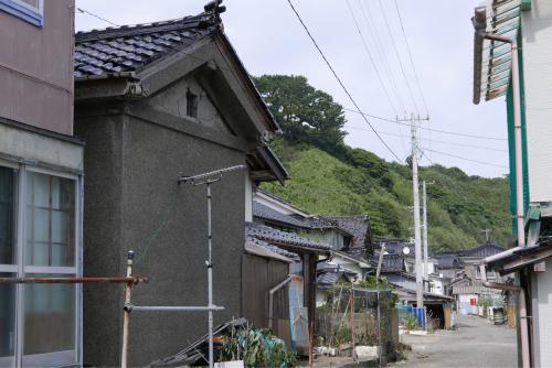 海界の村を歩く 日本海 飛島_d0147406_14392700.jpg