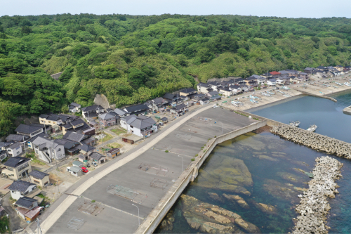 海界の村を歩く 日本海 飛島_d0147406_14414541.jpg