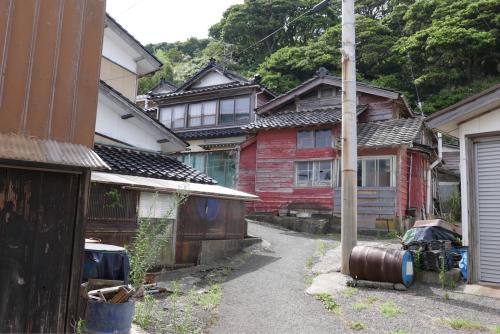 海界の村を歩く 日本海 飛島_d0147406_14531323.jpg