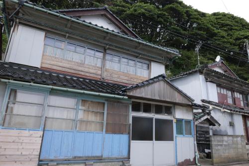 海界の村を歩く 日本海 飛島_d0147406_14542849.jpg