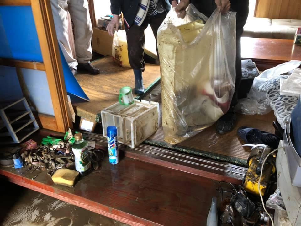 『台風19号 郡山市内 水害 13時』_f0259324_12595363.jpg