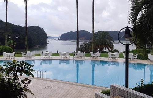 リゾートホテルで_f0129726_20122215.jpg
