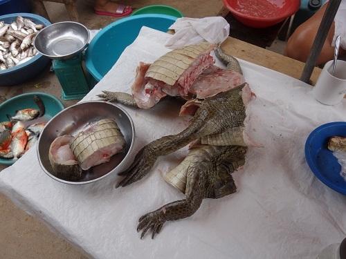 ユリマグアス市場でSUDADO DE PESCADO:魚のシチュー_c0030645_12193565.jpg