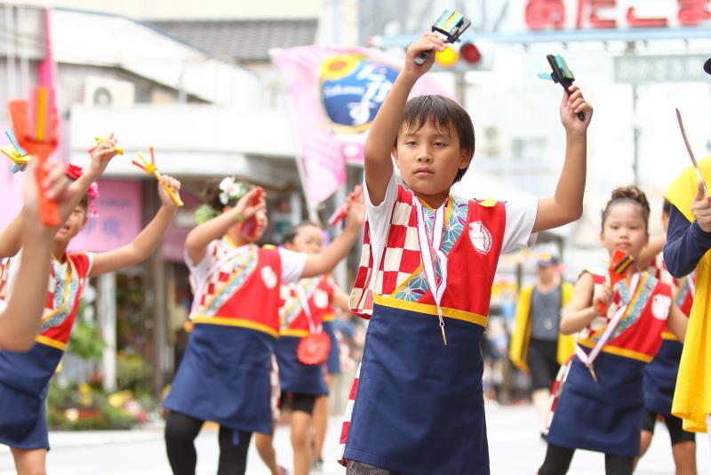 第66回よさこい祭り 本番2日目 愛宕競演場 高須子ども会_a0077663_17295555.jpg