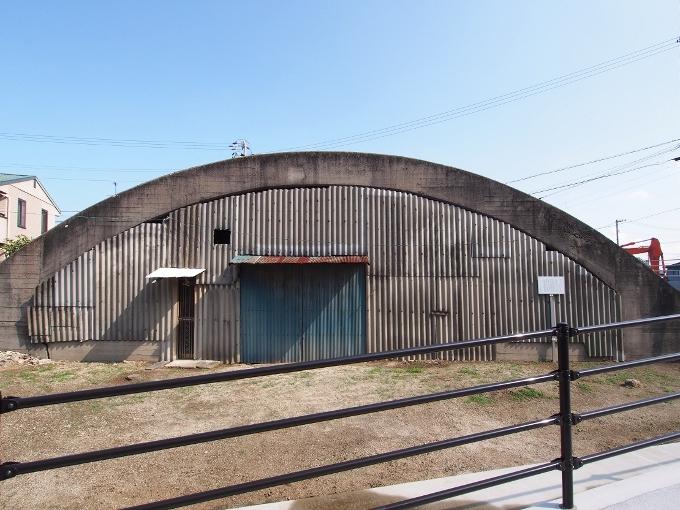 旧松山航空基地掩体壕_f0116479_20551243.jpg
