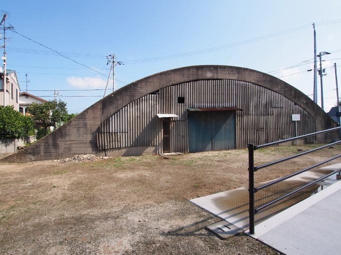 旧松山航空基地掩体壕_f0116479_20553116.jpg
