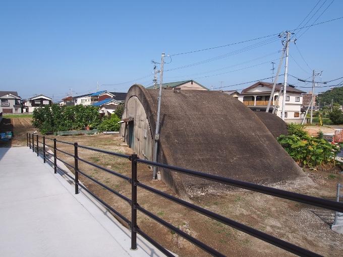 旧松山航空基地掩体壕_f0116479_21041776.jpg