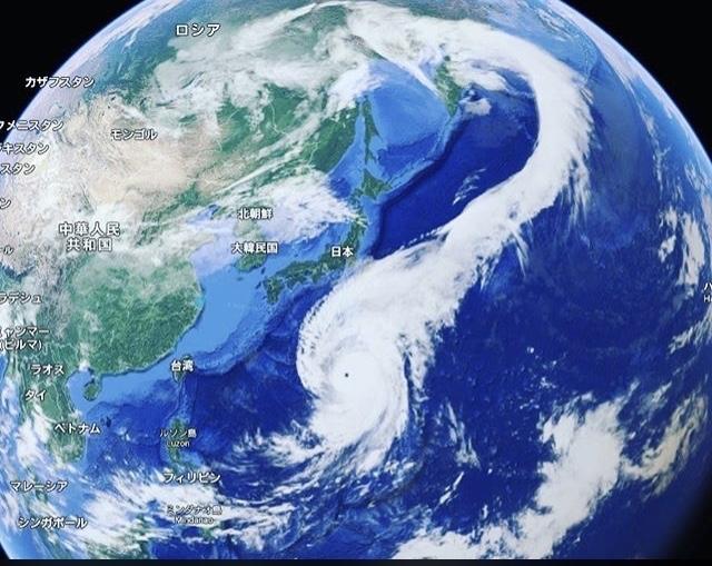 2019.10.13 首長竜のように進んだ台風19号でした。_b0174284_16432621.jpg