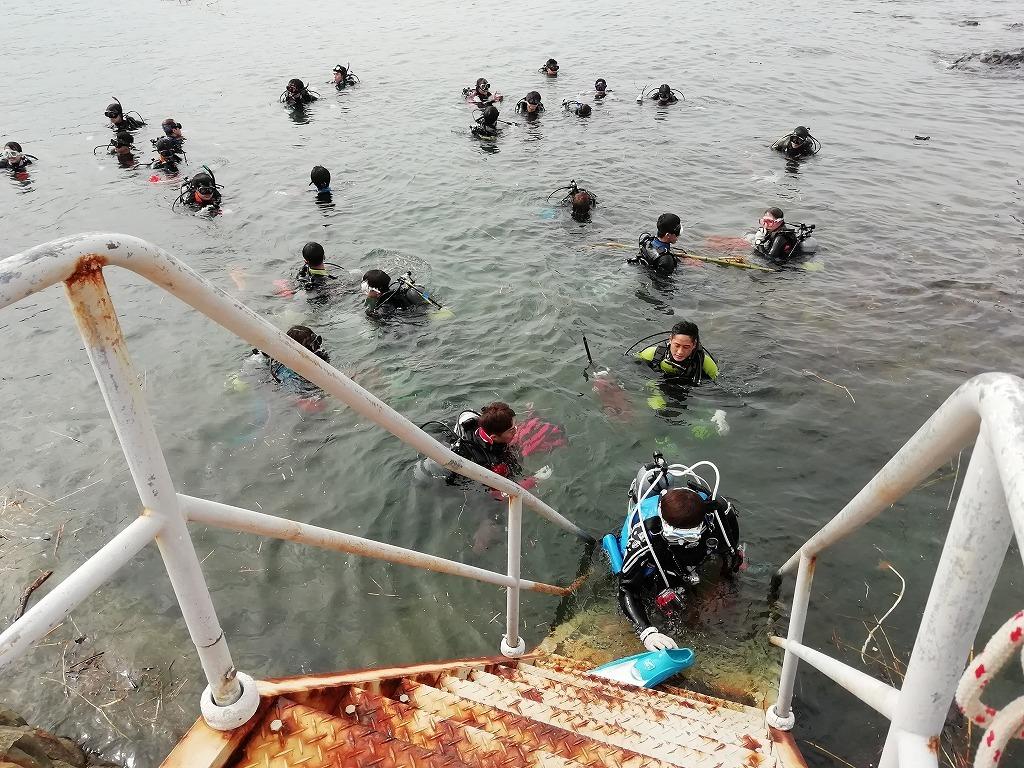 スキューバダイビングで海底ゴミ回収!_d0050503_17222781.jpg