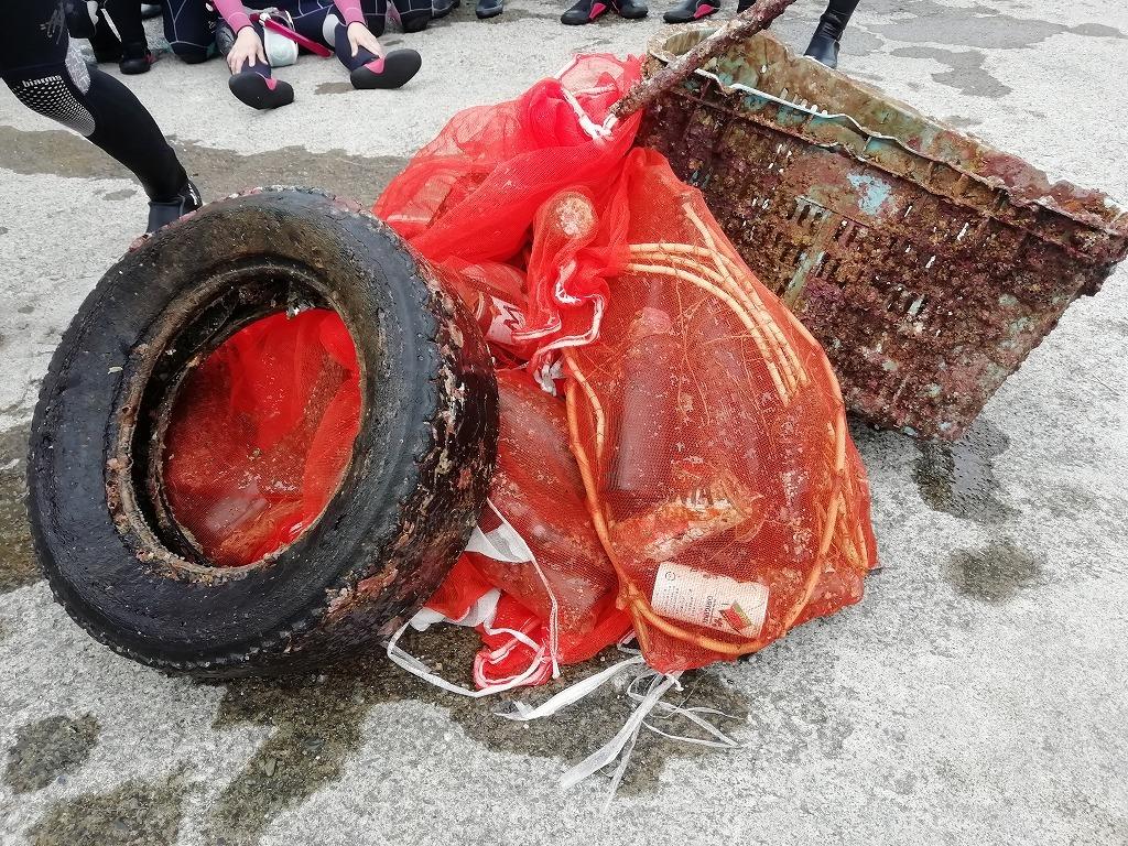 スキューバダイビングで海底ゴミ回収!_d0050503_17224183.jpg