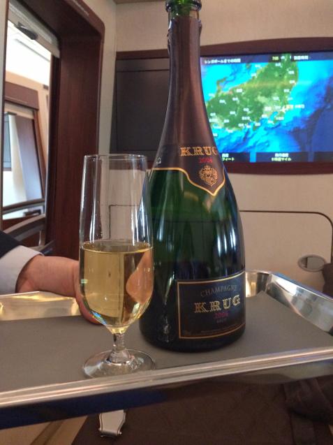 シンガポール航空スイートクラス2 機内食とお酒 - 関空から旅と食と酒紀行