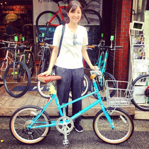 ☆本日のバイシクルガール☆ 自転車女子 自転車ガール ミニベロ クロスバイク ライトウェイ トーキョーバイク シュウイン ラレー ブルーノ おしゃれ自転車 マリン ターン シェファード_b0212032_15151048.jpeg