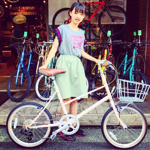 ☆本日のバイシクルガール☆ 自転車女子 自転車ガール ミニベロ クロスバイク ライトウェイ トーキョーバイク シュウイン ラレー ブルーノ おしゃれ自転車 マリン ターン シェファード_b0212032_15164446.jpeg