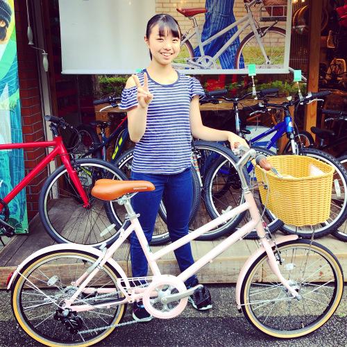 ☆本日のバイシクルガール☆ 自転車女子 自転車ガール ミニベロ クロスバイク ライトウェイ トーキョーバイク シュウイン ラレー ブルーノ おしゃれ自転車 マリン ターン シェファード_b0212032_15190255.jpeg