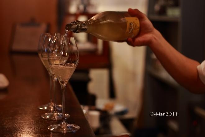 ビストロ グランジュテ(grand jete) ~ワイン一杯の幸せ~_e0227942_21530552.jpg