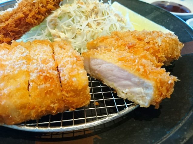富山豚食堂 かつたま(富山市二口町)_b0322744_23120710.jpg