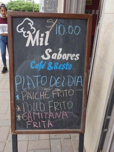 CARLOS ANTONIO 4号より一時下船してピラルクを食べに行った_c0030645_07020221.jpg