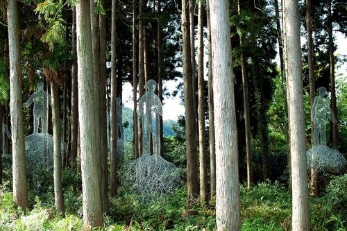 思子淵神社と泰山寺・・・Symbiosis_d0005250_17232756.jpg